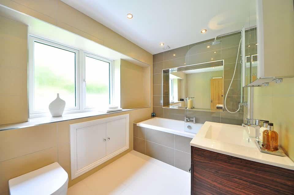 bathroom-1336167_960_720