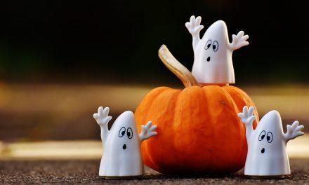 Strasznie zabawne dekoracje lub jak ozdobić dom na Halloween