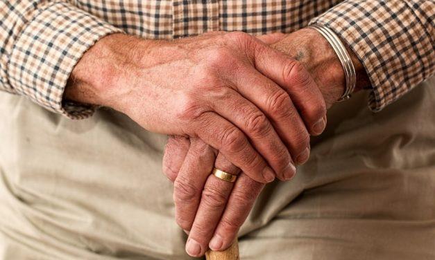 Mieszkanie seniora – w jakie akcesoria warto zainwestować